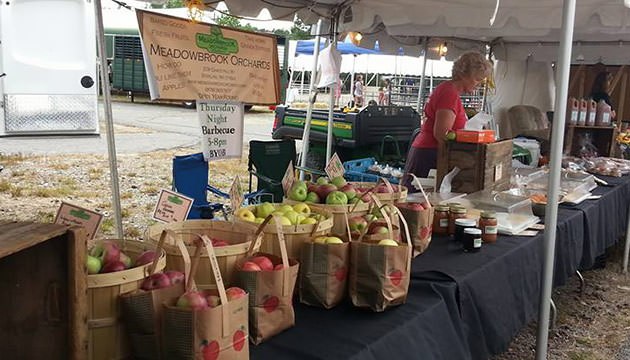 Photo of Meadowbrook Orchards at farmers market